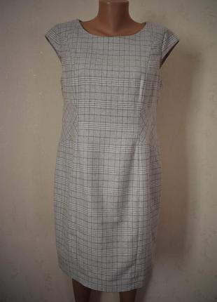 Новое шерстяное элегантное платье