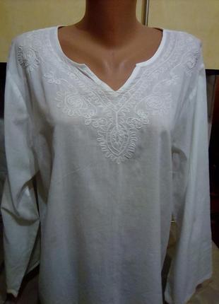 Идеальная фирменая блуза несгорайка вышиванка белым по белому, разм 18-20