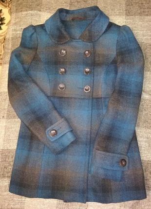 Актуальное пальто в модную клетку