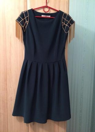 Платье вечернее темно-зеленого цвета, фирмы elisabetta franchi