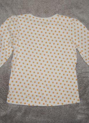 Белая трикотажная футболка tu в золотой горошек на девочку 3-4 года. рост 98-104 см.2 фото