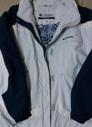 Фирменная легкая куртка