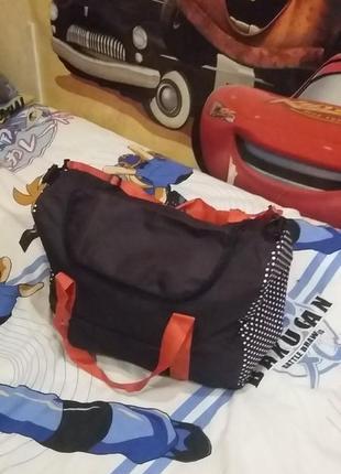 Спортивная сумка yves rocher