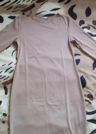 Теплые трикотажные платья до колен2 фото