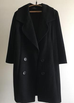 Шерстяное пальто с рукавом три четверти