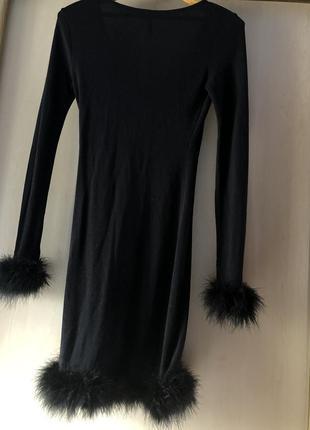 Платье вечернее черное с мехом