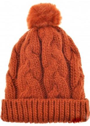 Теплая шапка крупной вязки косами с помпоном
