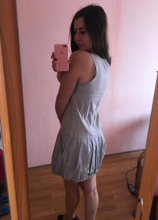Крутое платье-волан