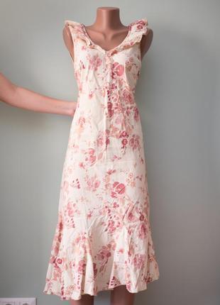 Большой выбор платьев - актуальное льняное платье миди с рюшами, оборками