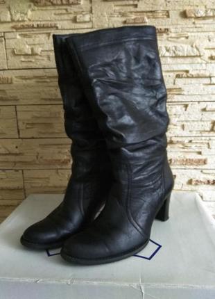 Сапоги зимние кожаные. зима нат. кожа и цигейка размер 39 как новые