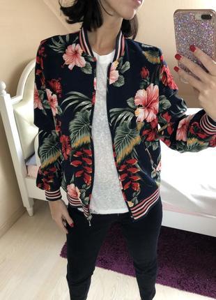 Куртка бомбер тропики