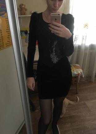 Платье в паетках велюровое