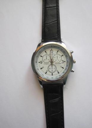 35 наручные часы3 фото