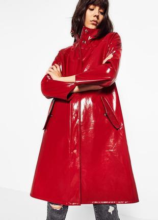 Вініловий тренч тренд сезону марсела пальто купить украина l zara вільний крій пороховик