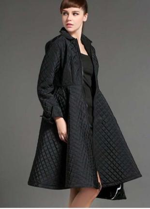 Стеганое зимнее пальто в стиле chanel