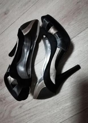 Стильные женские туфли с открытым носком love label 37-38размер 25см стелька