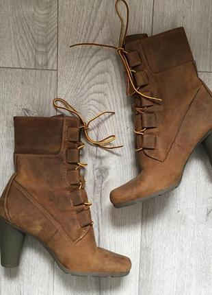 Шкіряні черевички timberland  розмір вказаний 6m