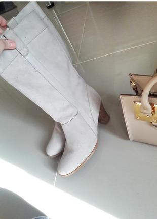 Кожаные высокие сапоги до колена демисезон толстый удобный деревяный каблук