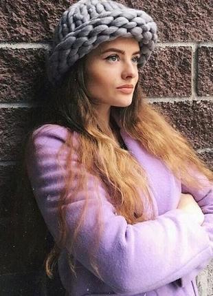 Женская шапка из крупной вязки зимняя
