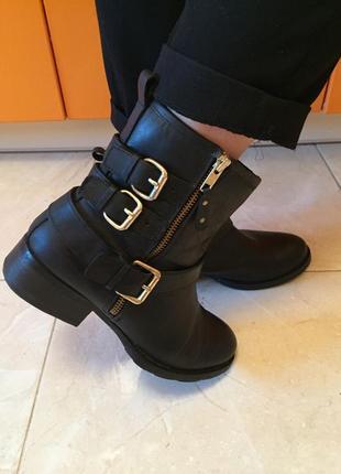 Кожаные ботинки сапоги полусапожки размер 39 ботильоны кожа