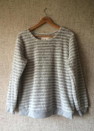 Нежный свитер свитшот травка