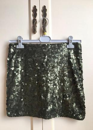Нарядная стильная мини юбка в паетки на новый год