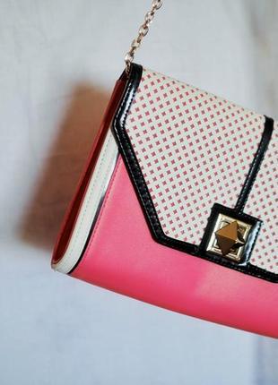 Розовая с белым сумка atmosphere