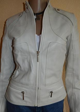 Кожаная куртка mango s/xs