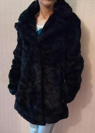 Меховая куртка пальто  шуба шубка benetton.