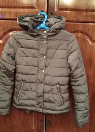 Стильна якісна демі куртка майже нова на розмір xs фірми cherokee