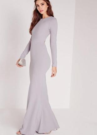 Изысканное макси платье с открытой спинкой