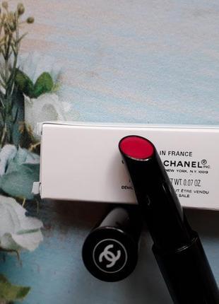 Chanel помада-блеск для губ rouge coco stylo