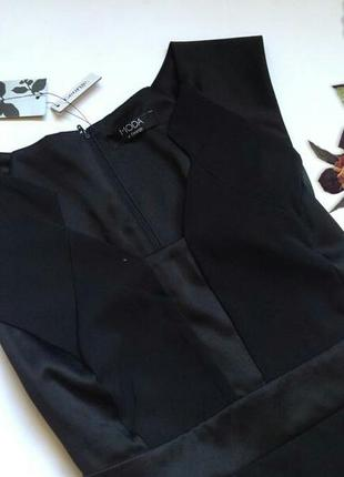 Трендовое платье футляр с атласными вставками