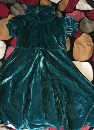 Велюровое бархатное платье изумрудное