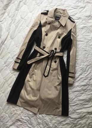 Черно бежевый тренч ,бежевое пальто плащ