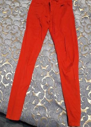 Красные джинсы denim co