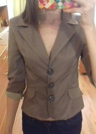 Класнный пиджак кофейного цвете с 3/4 рукавом
