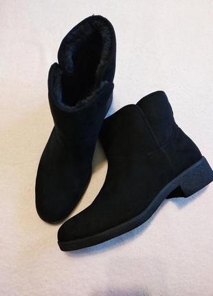 Демісезонні(єврозима )ботінки на низькому каблуку f&f