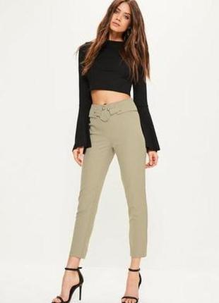 Стильные брюки с декором