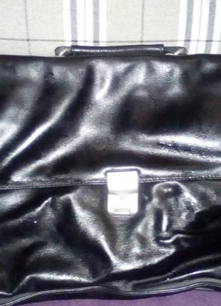 Стильный портфель