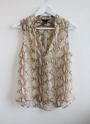 Шифоновая блуза в актуальный змеиный принт h&m
