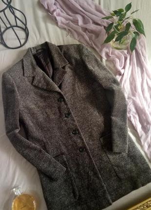 Стильный удлиненный пиджак тренч