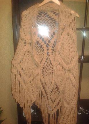 Фирменная шаль,шарф,палантин.италия.