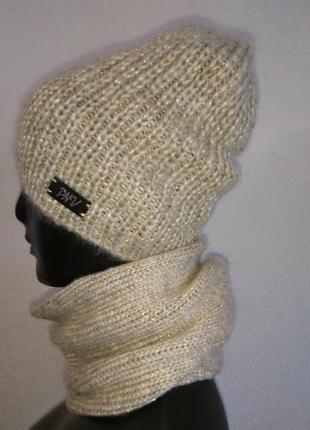 Вязаная теплая шапка с люриксом2