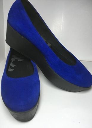 Синие замшевые туфли на платформе vagabond 40 р стелька 26 см