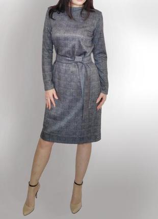 Классическое прямое платье в клетку из трикотажа ангора