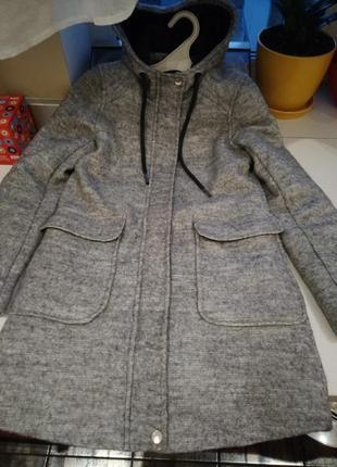 Полешерстяное пальто reserved