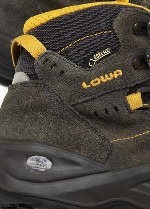 Трекинговые ботинки lowa kody iii gtx. стелька 22, 5 см3