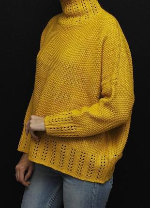 Объёмный свитер  оверсайз с горловиной prettylittlething