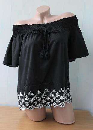 Блуза с вышивкой primark